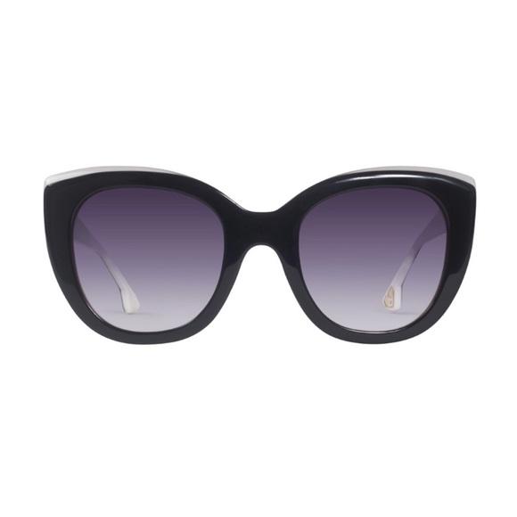 8b40f85d50 Alice + Olivia Accessories - Alice + Olivia Sunglasses Aberdeen Black White